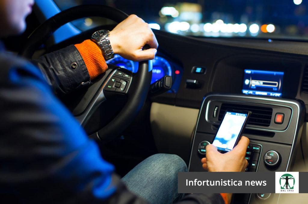 Smartphone alla guida articolo del blog, Infortunistica Tossani