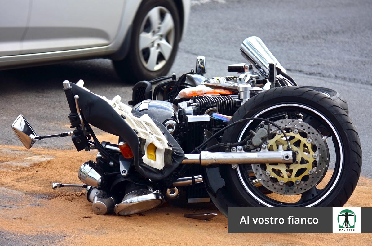 Moto incidentata articolo blog, Infortunistica Tossani