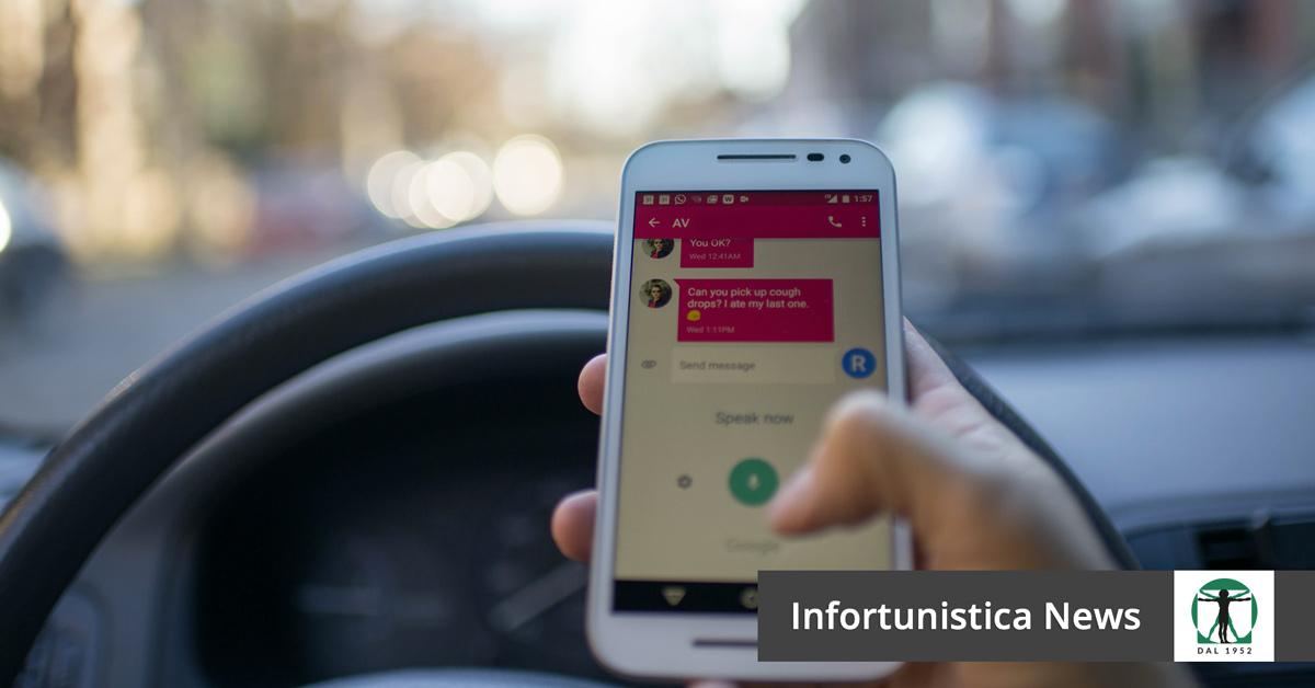 Guida con lo smartphone articolo del blog, Infortunistica Tossani