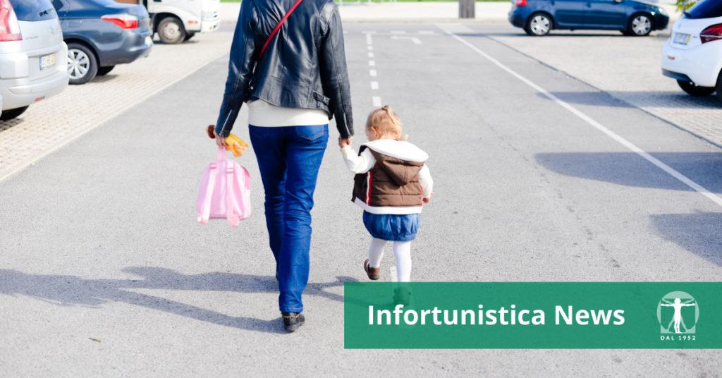 madre e figlia mano nella mano, Infortunistica Tossani