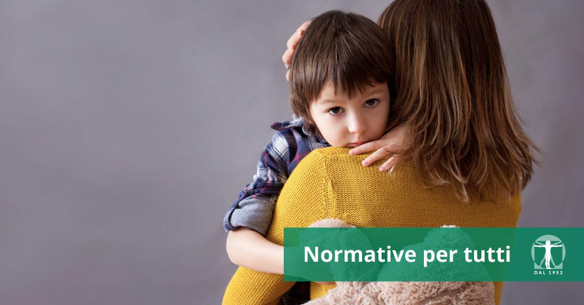 Bambino viene abbracciato dalla madre, Infortunistica Tossani